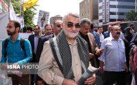 علاءالدین بروجردی همپای مردم روزه دار و ولایتمدار تهران در راهپیمایی روز قدس ۱۴